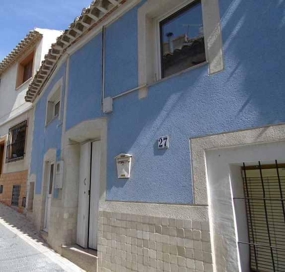 2 Bed Typical Spanish Town House
