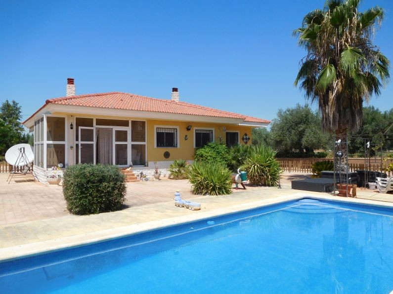 STUNNING THREE BEDROOM SPANISH VILLA FOR SALE